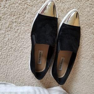 Steve Madden silver cap toe slip on sneakers